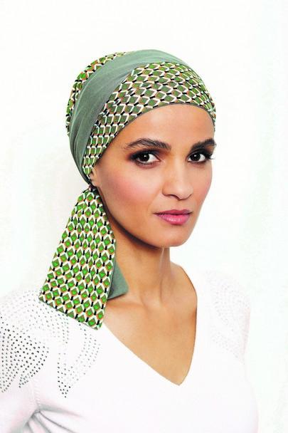 Mayte grøn flot tørklæde til kræftramte fra Gisela mayer